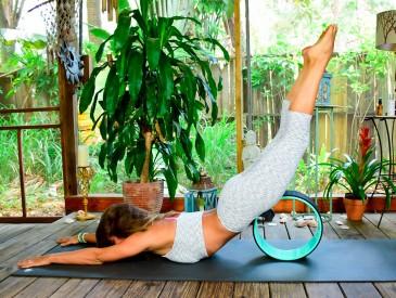 Польза от практики с йога колесом
